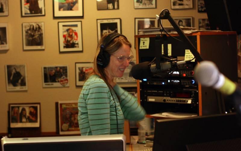 Robin Pressman on KRSH-FM.