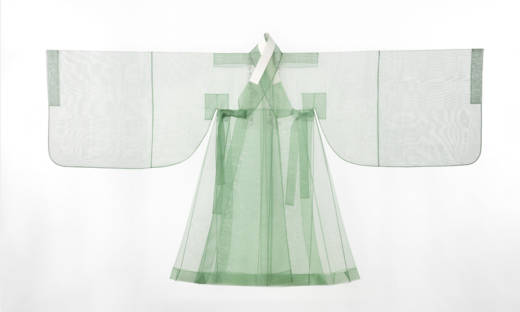 'Couture Korea' at the Asian Art Museum of San Francisco is the first major exhibition of Korean fashion in the United States.