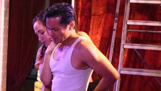 Sarita Ocón (Stella) and Ogie Zulueta (Stanley) star in 'A Streetcar Named Desire' at Ubuntu Theater Project