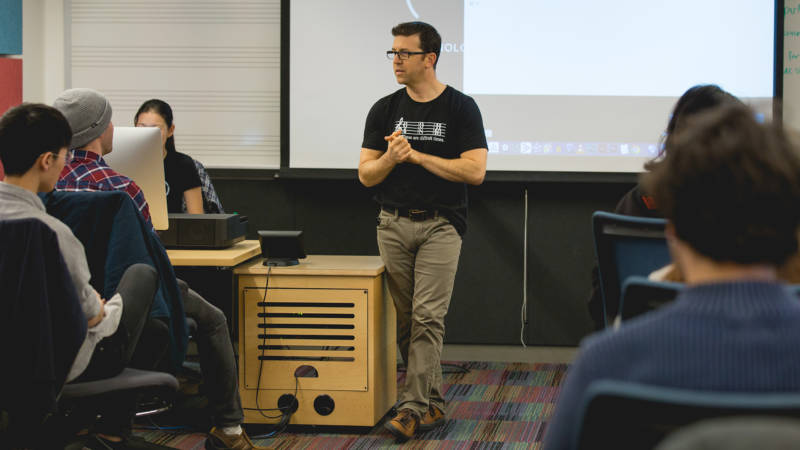 Jonathan Mayer, former music director at Sony Playstation, is a visiting lecturer at SFCM.