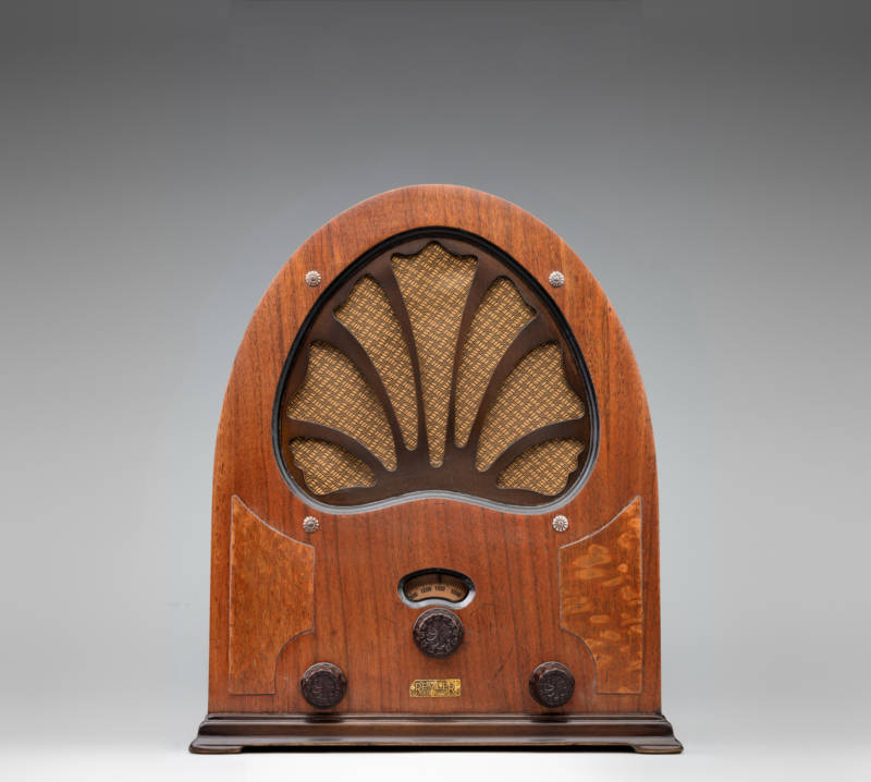 """The Model 21 """"Minuette"""" c 1932 from the Remler Company Ltd. of San Francisco. Radio went mainstream in the United States during the 1930s, as most households became electrified and mass production made radios more affordable. Programming options exploded, and people turned to radio as their preferred source of news and entertainment."""