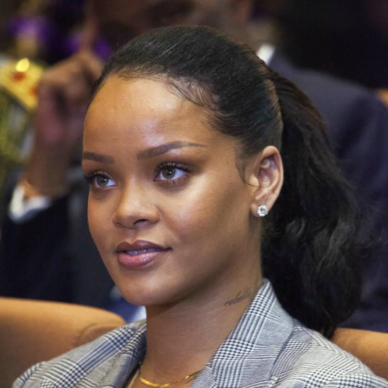 Snapchat's Stock Sinks After Rihanna Denounces Domestic Violence Ad