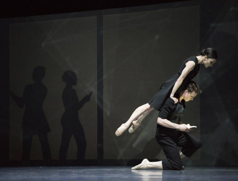 Christopher Wheeldon's 'Bound To,' at SF Ballet's 'Unbound' festival. (© Erik Tomasson)