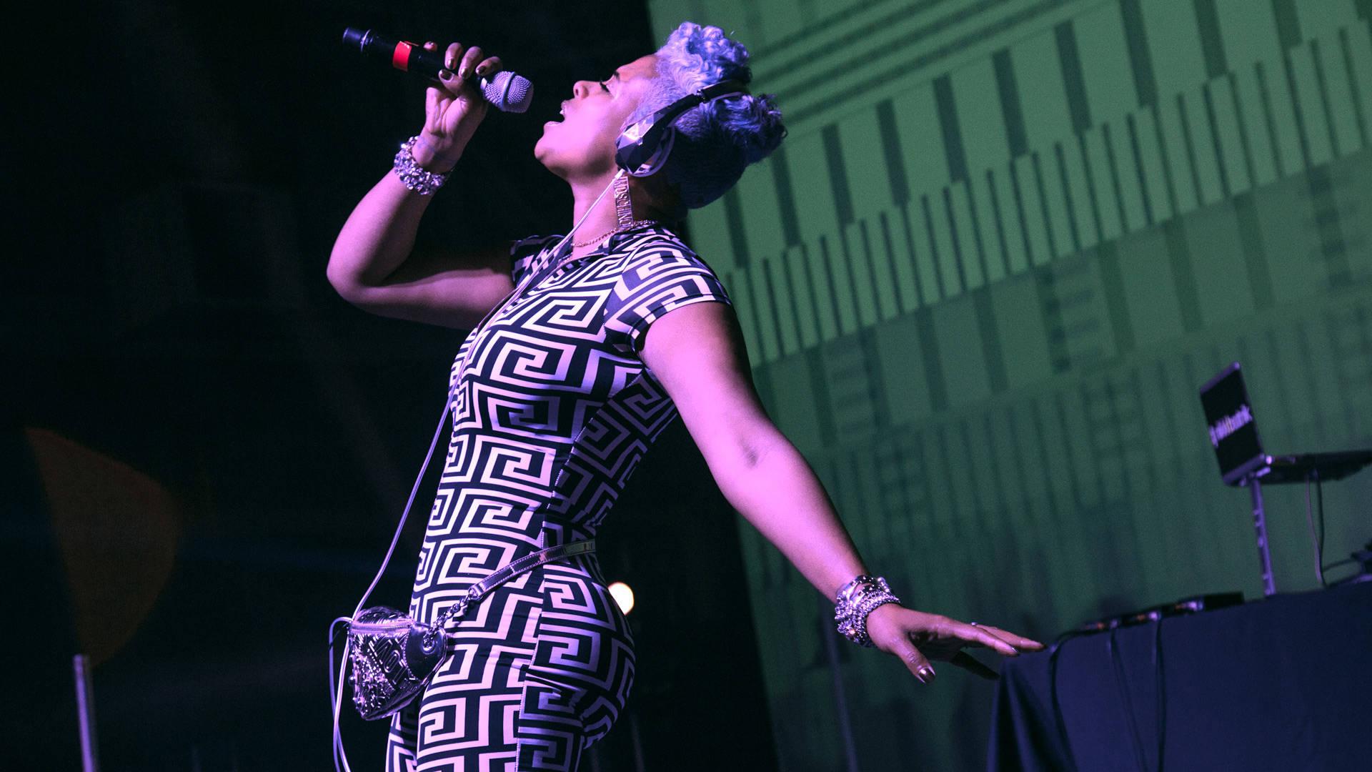 Kelis plays FEELS 6 at The Craneway Pavilion in Richmond on Saturday, June 16.  Estefany Gonzalez