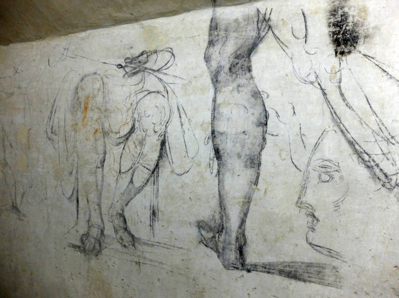 There are some 60 to 70 different sketches on the walls of the hidden room. Art historians do not believe all the drawings are the work of Michelangelo.