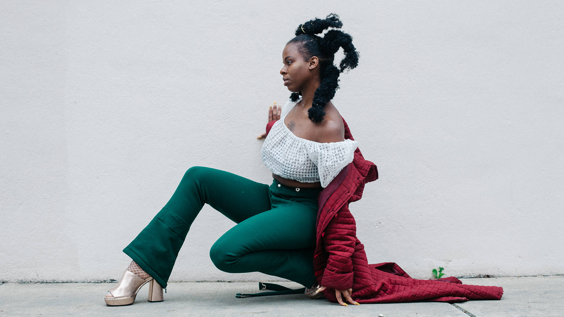 On her spiritually rooted sophomore EP, 'Flavor of Green,' Queens D.Light grapples with uncertainty. Adrian Octavius Walker