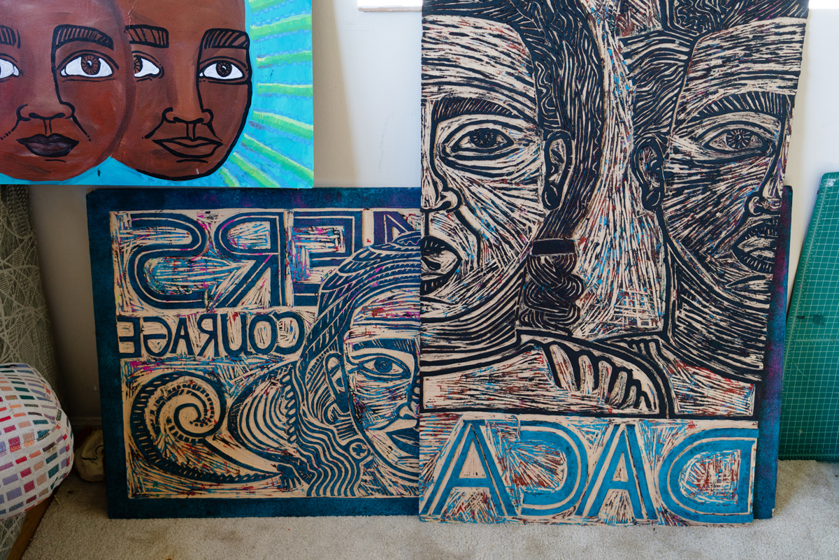 González-Medina's woodcuts for printmaking.