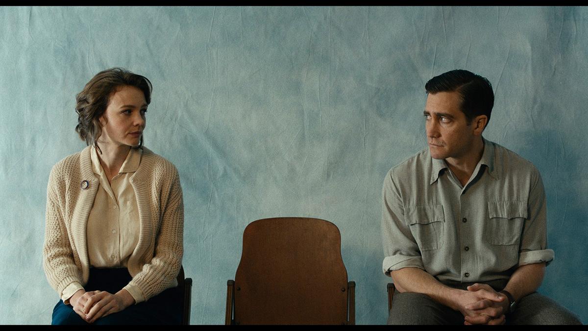 Carey Mulligan as Jeanette Brinson, and Jake Gyllenhaal as Jerry Brinson in Paul Dano's 'Wildlife.'