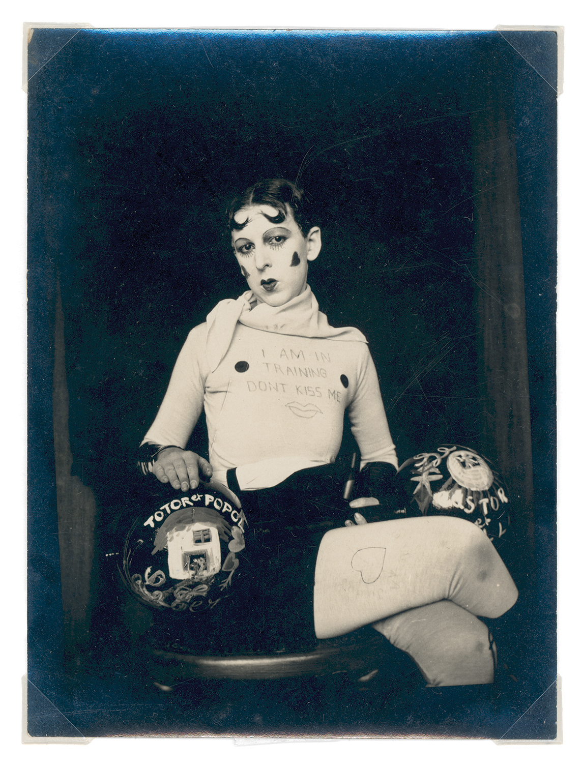 Claude Cahun (Lucy Schwob) and Marcel Moore (Suzanne Malherbe), 'Untitled' [I am in training don't kiss me], 1927.