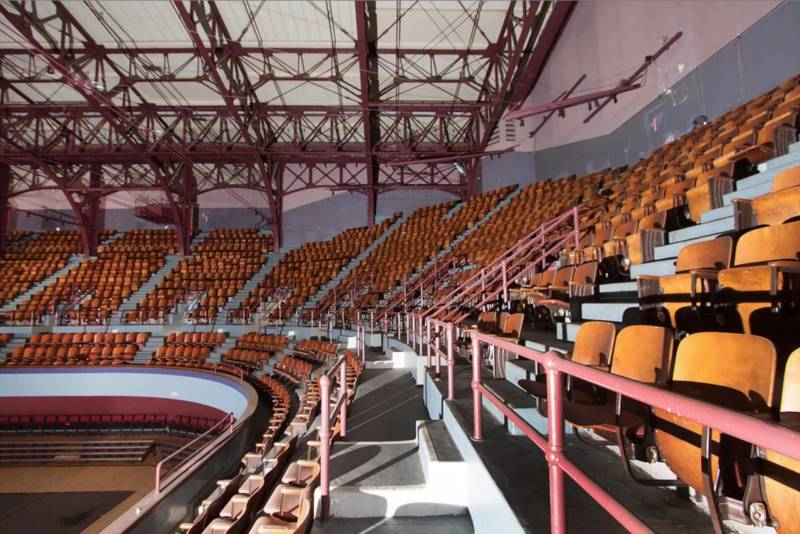 The existing upper-level seating in the Oakland Civic Auditorium arena, which would remain intact.