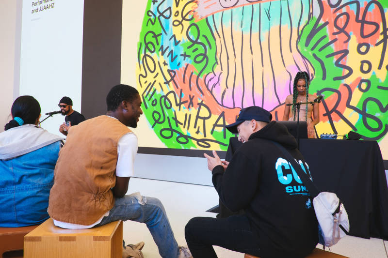Creative collective Le Vanguard's Apple store appearance included live performances and a drawing demo.