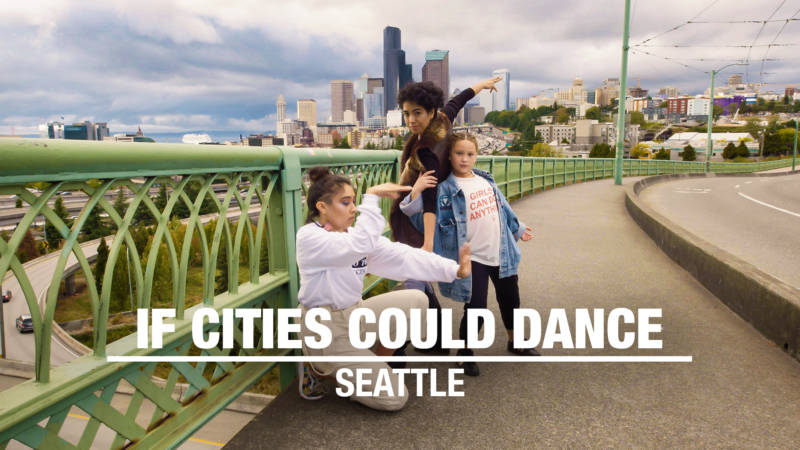 Moonyeka and Seattle dancers on the Jose Rizal Bridge