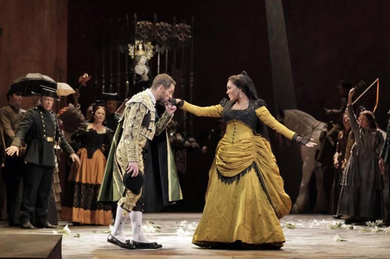 Kyle Ketelsen as Escamillo and J'nai Bridges as Carmen in San Francisco Opera's production of 'Carmen.'