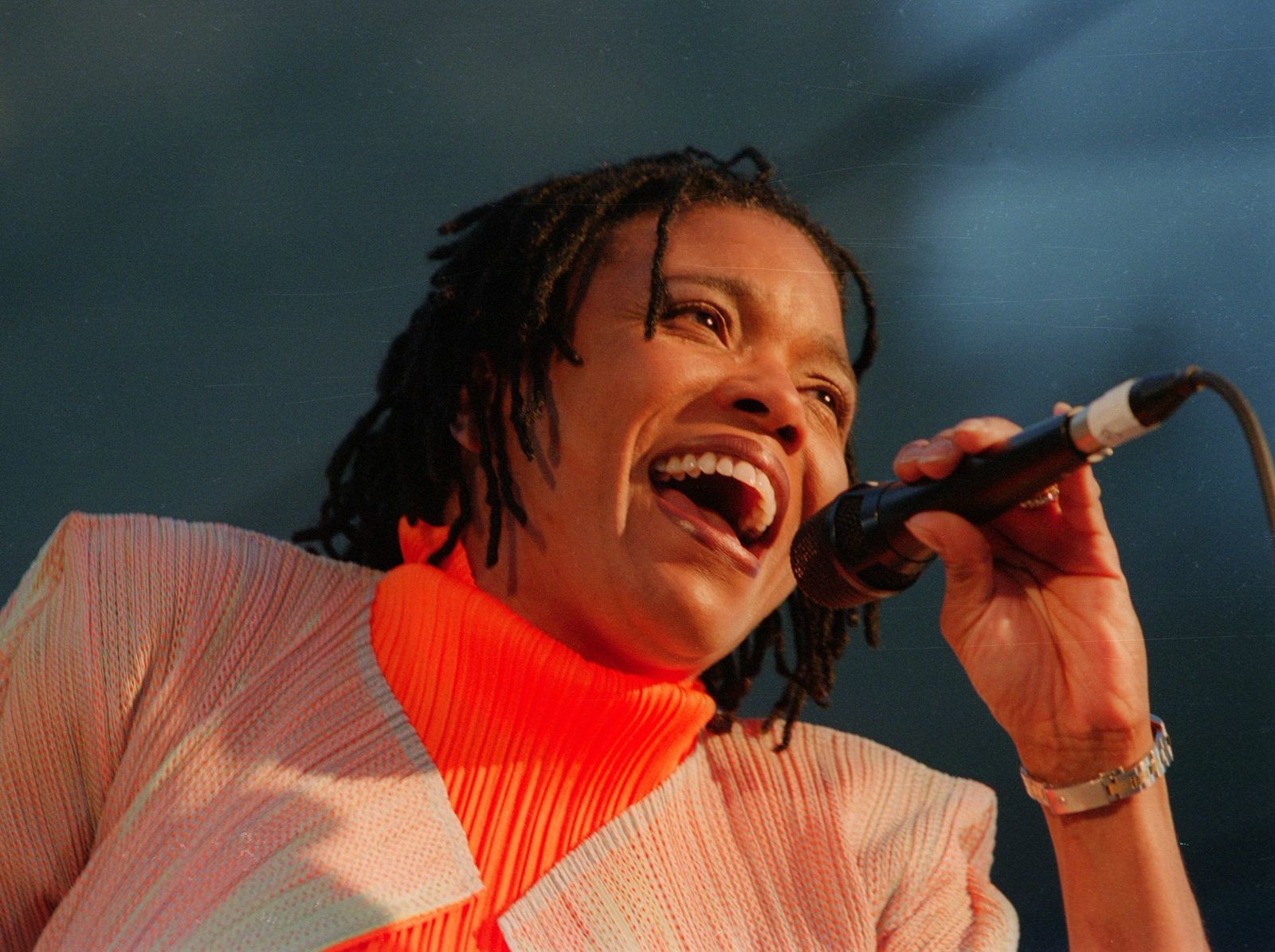 Dee Dee Bridgewater headlined the 2001 San Jose Jazz Summer Fest.