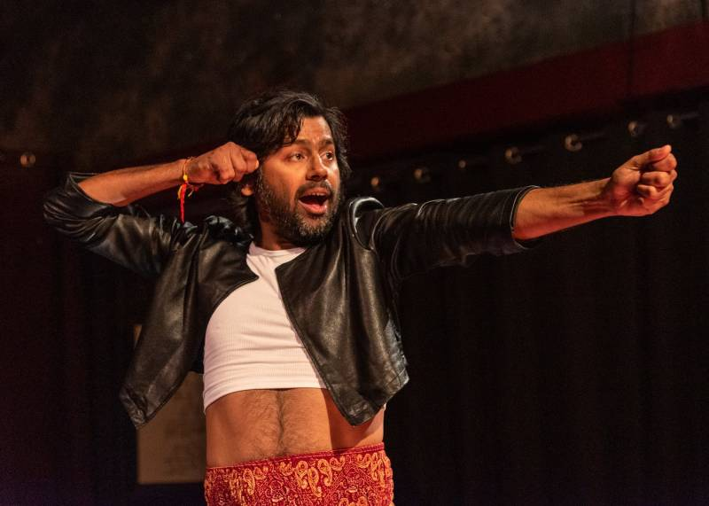 J Jha portrays an army of warriors in Ubuntu Theater Project's 'The Mahābhārata.'