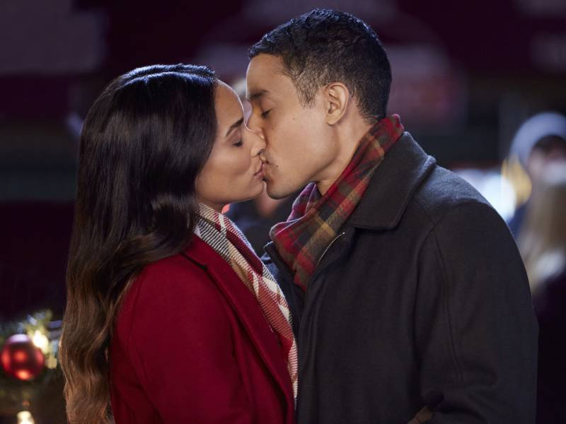 Rochelle Aytes and Mark Taylor star in one of the Hallmark Channel's many new holiday rom-coms, 'A Christmas Tree Grows in Colorado.'