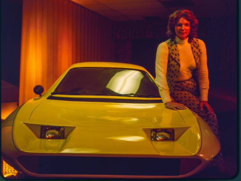 'The Lady and the Dale' tells the true story of Elizabeth Carmichael, an automobile executive who introduced a bold new three-wheel car in the 1970s.