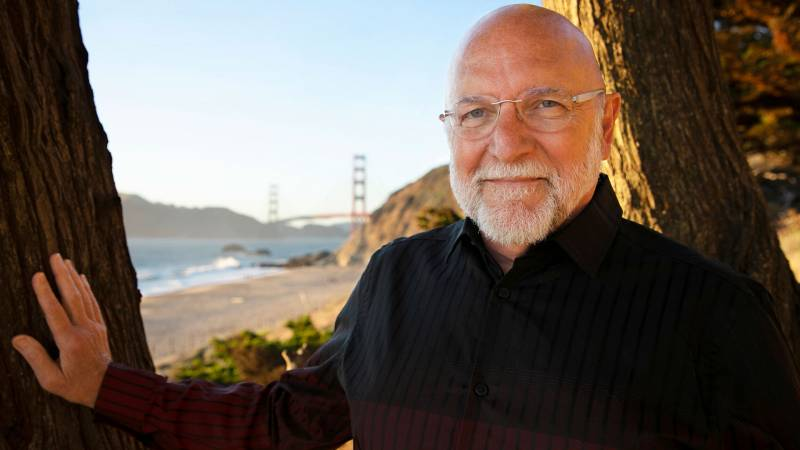 Dr. Tim Seelig will step down from his role at the San Francisco Gay Men's Chorus after 10 seasons.