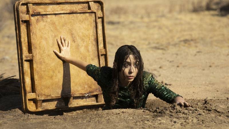 Cristin Milioti stars as Hazel in 'Made For Love.'