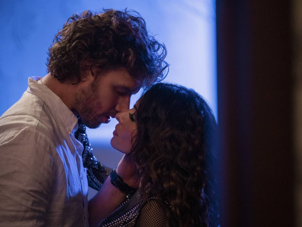 Brad Simon (Adam Demos) and Billie Connelly (Sarah Shahi) in 'Sex/Life' on Netflix.