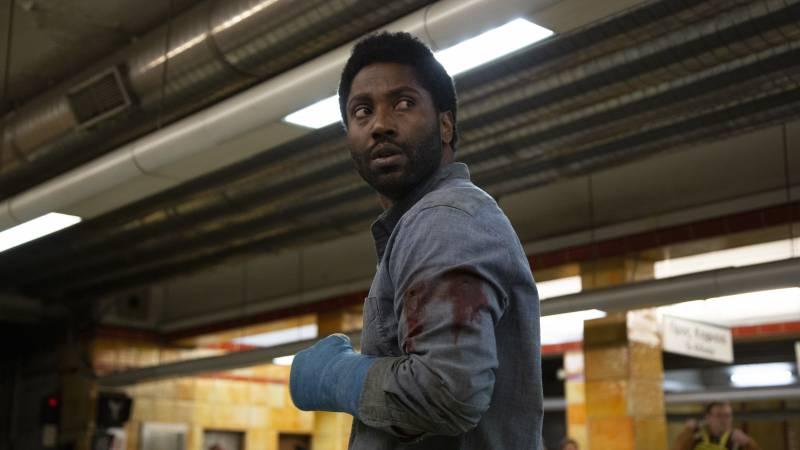 John David Washington sustaining multiple injuries in 'Beckett'.