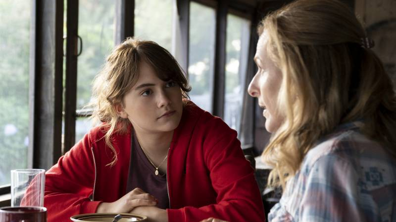 Emilia Jones and Marlee Matlin play daughter and mother in the new film 'CODA.'