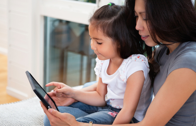 For Young Readers, Print or Digital Books?