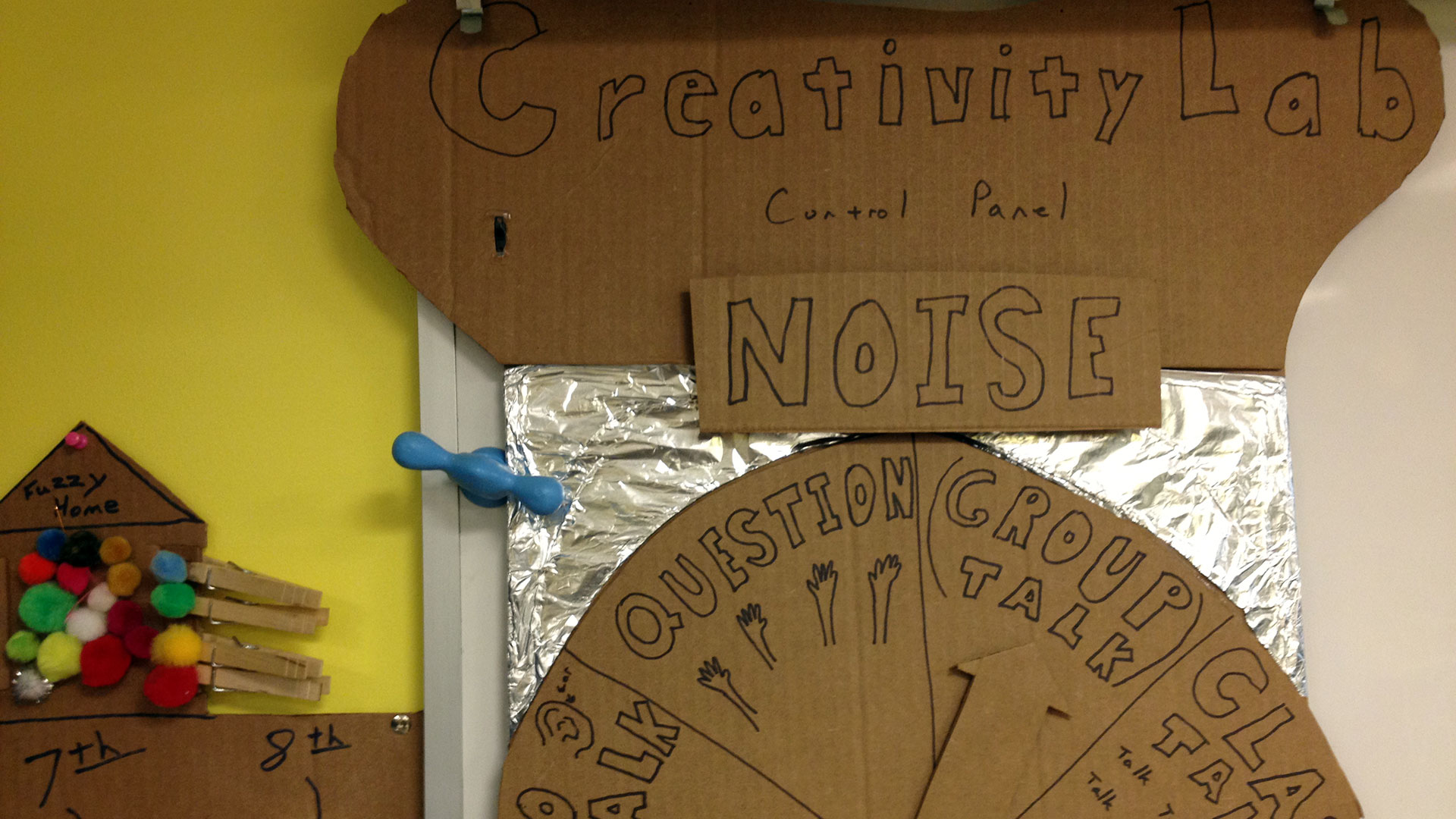 A noise-o-meter lets kids know what activity is going on in the Creativity Lab.