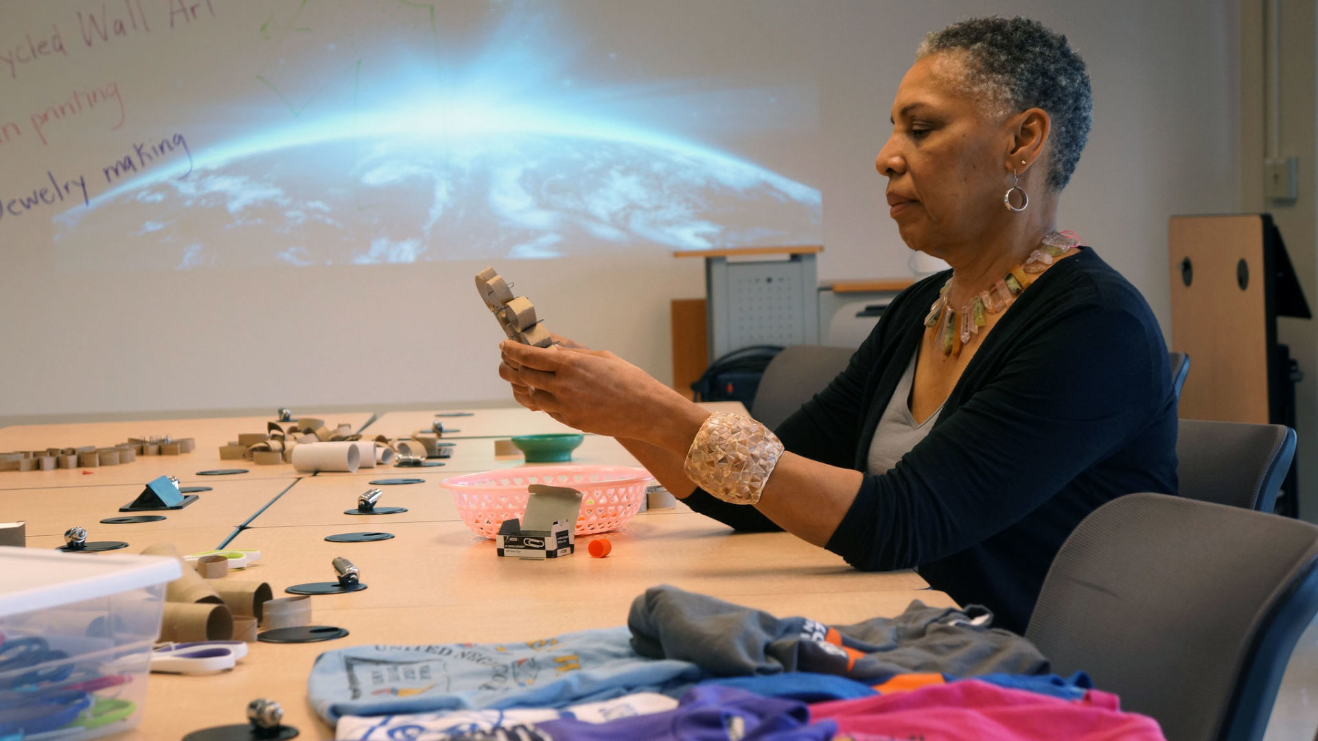 What Colleges Can Gain by Adding Makerspaces to Their Libraries