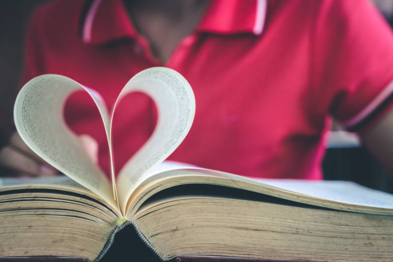 Tips And Tricks Parents Can Use To Nurture a Love of Reading in Kids