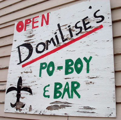 Domilise sign