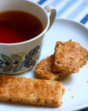 thyme shortbread and tea
