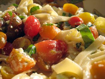 fettuccini with heirloom tomatoes