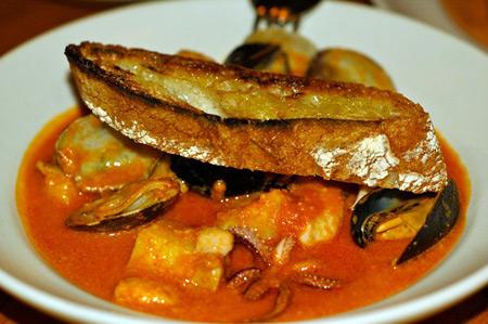 contigo seafood stew