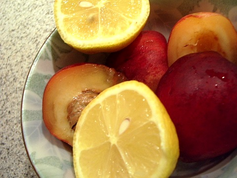 white nectarines and lemons