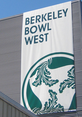 berkeley bowl west sign