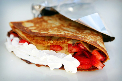 nutella strawberry banana with whipped cream crepe