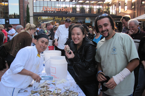 oyster-shuck-and-swallow-McCormick & Kuleto's