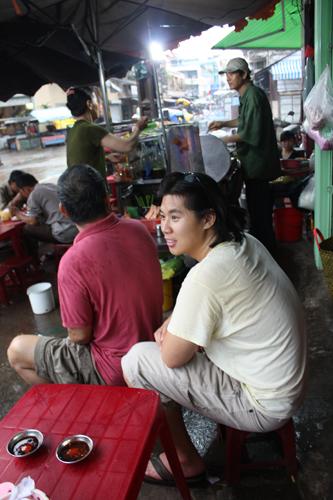 vietnam saigon Awaiting Cha Gue