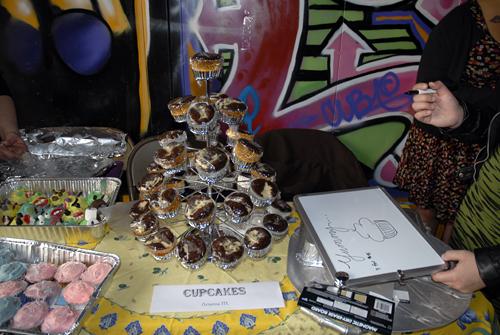 San Francisco Underground Market - cupcakes