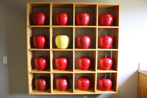 Ramekins Inn, apple art