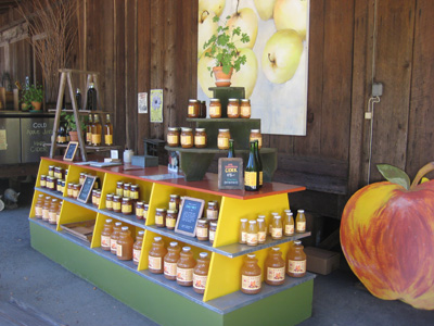 apple farm stand