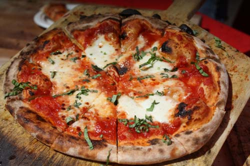 Wood-fired Margherita Pizza (Jackson's Bar and Oven)