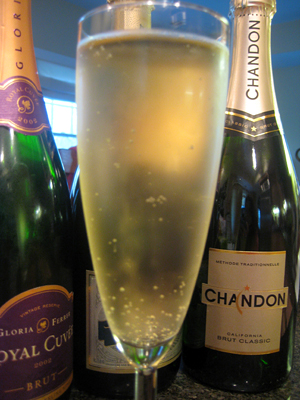 sparkling wine on new years eve