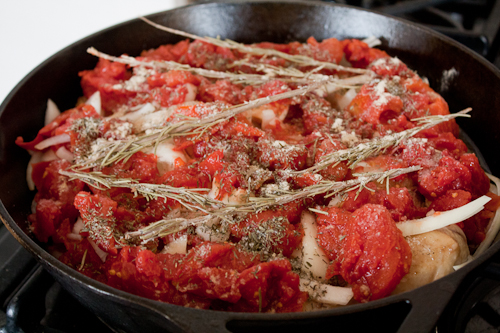 tomatoes, garlic, and seasonings