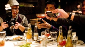 Dishcrawl: Real-Life Culinary Social Networking