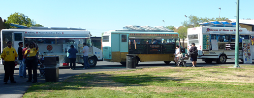 MoBowl, Babaloo, and House of Siam on Wheels