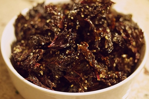 DIY Crispy, Sweet, and Salty Kale Chips