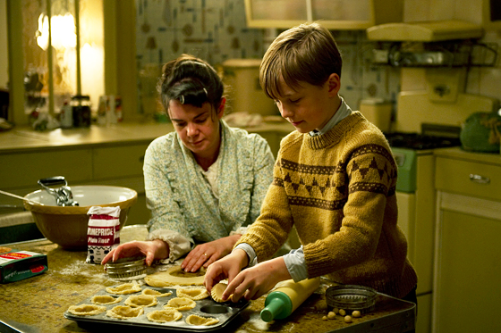 Nigel and his mother baking tarts