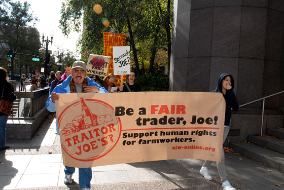 Protest march for farmworker justice in Oakland. Photo by Wendy Goodfriend